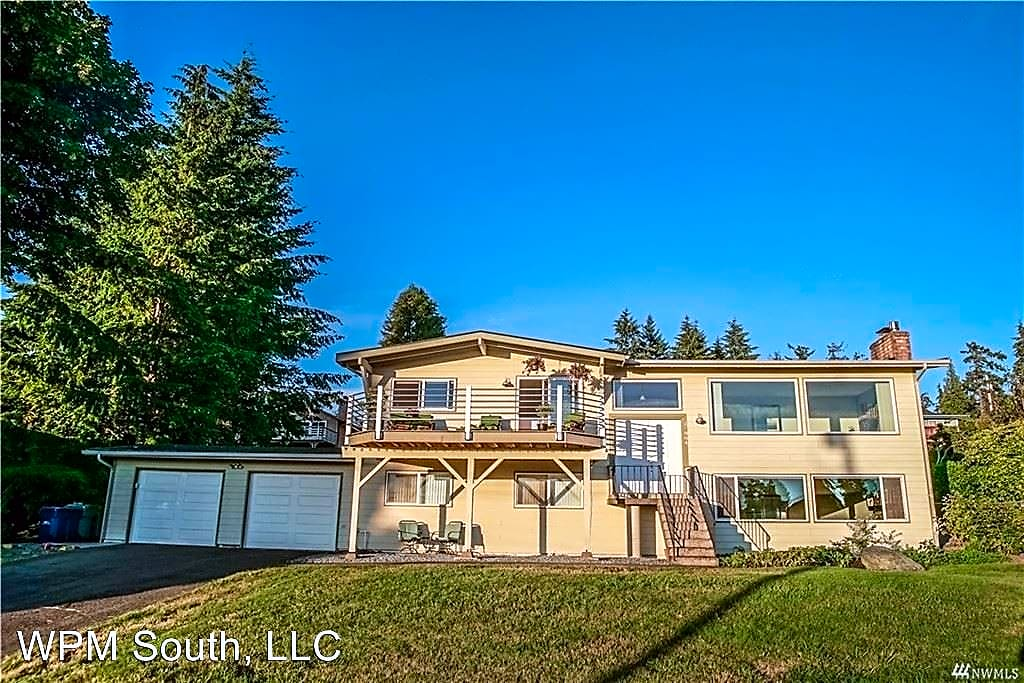 House for Rent in Federal Way