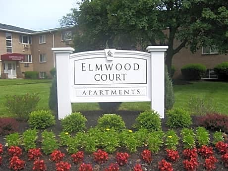 Elmwood Court for rent in Rochester