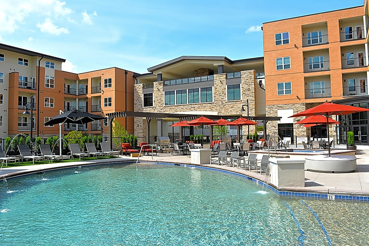 Apartments Near Lindenwood 5300 Centre Apartments for Lindenwood University Students in Saint Charles, MO