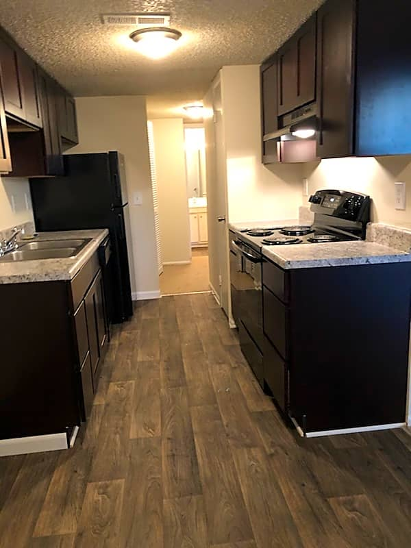Apartments Near HPU Cloisters & Foxfire Apartments for High Point University Students in High Point, NC