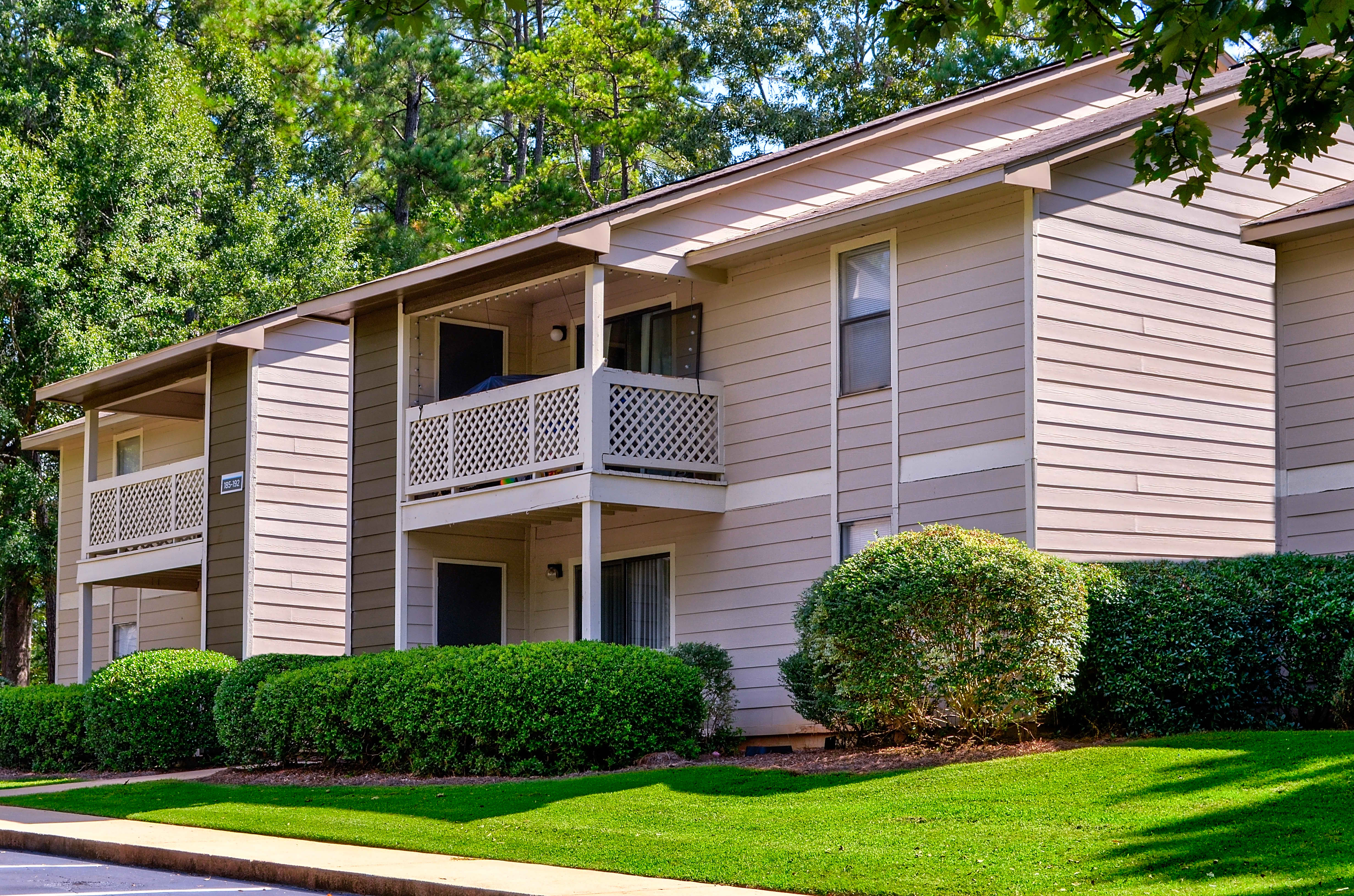 Apartments Near Mercer Legacy At River Crossing for Mercer University Students in Macon, GA