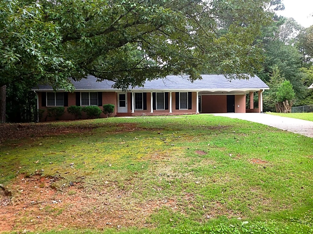 House for Rent in Powder Springs