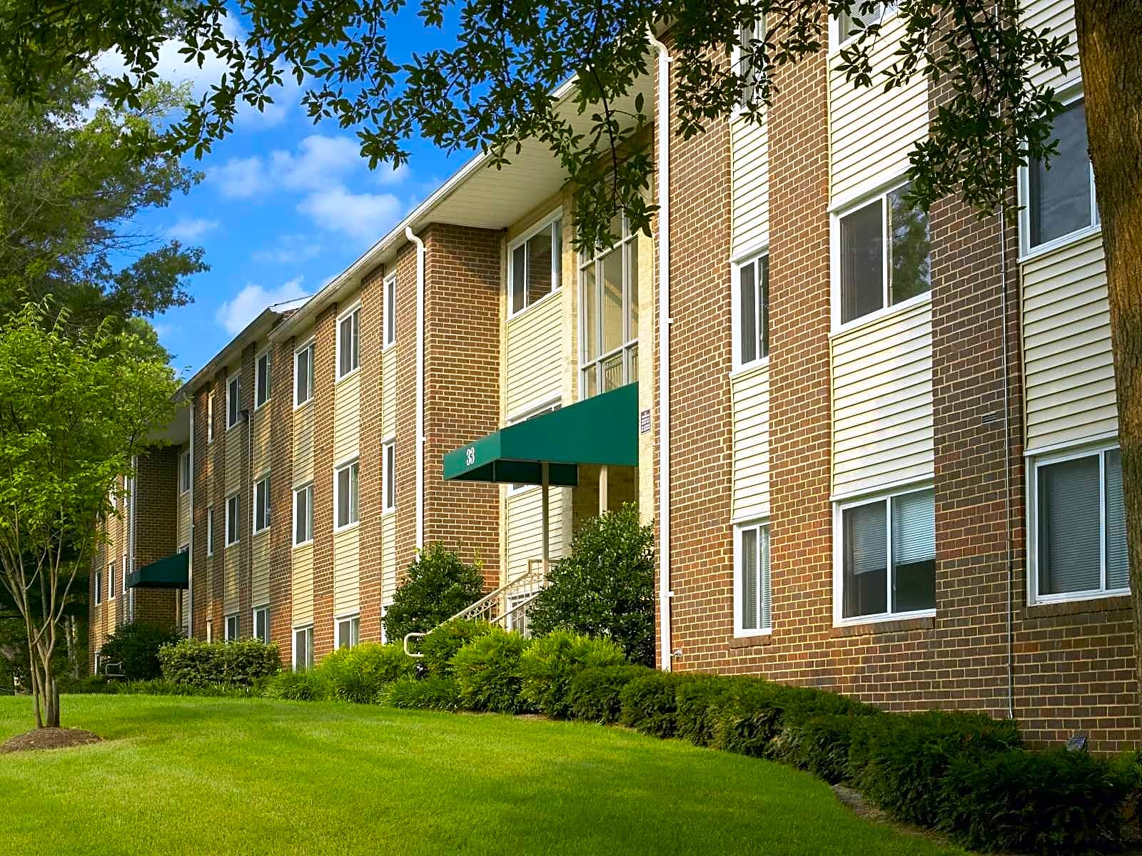 Photo: Gaithersburg Apartment for Rent - $1065.00 / month; 1 Bd & 1 Ba