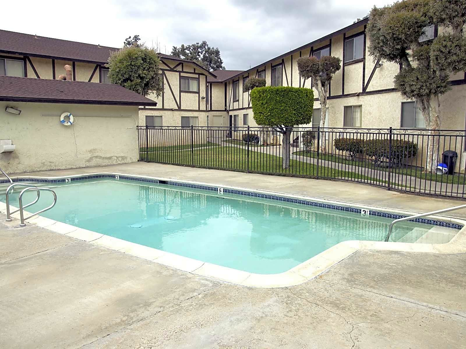 Photo: San Diego Apartment for Rent - $1075.00 / month; 2 Bd & 1 Ba