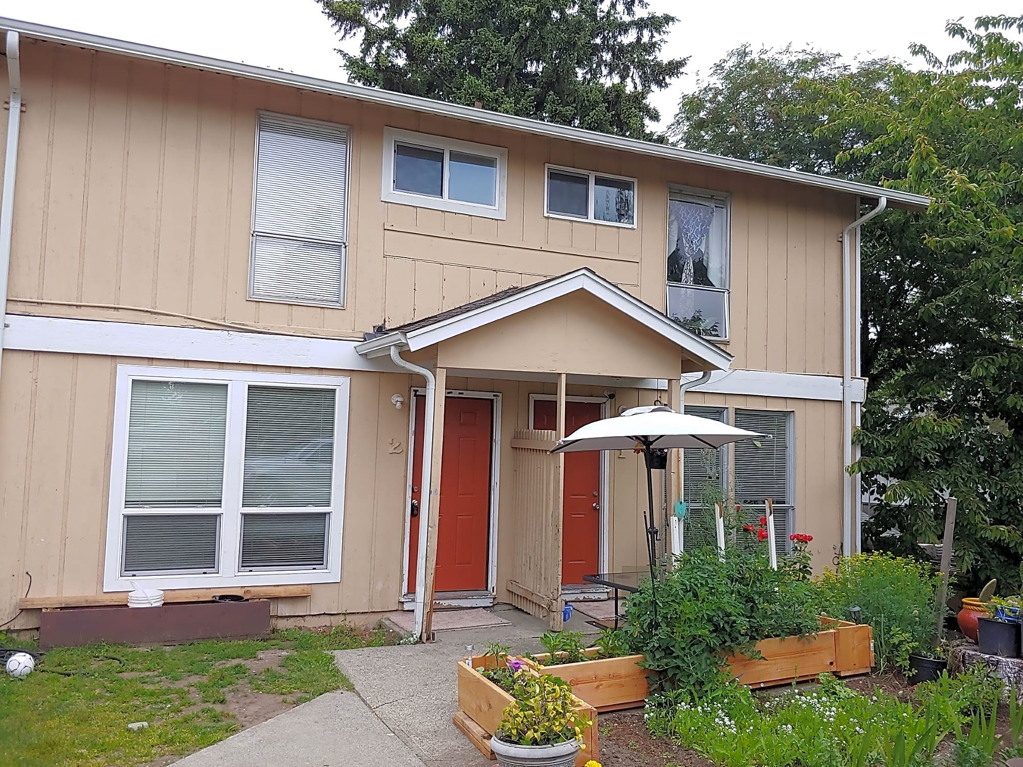 Duplex for Rent in Burien