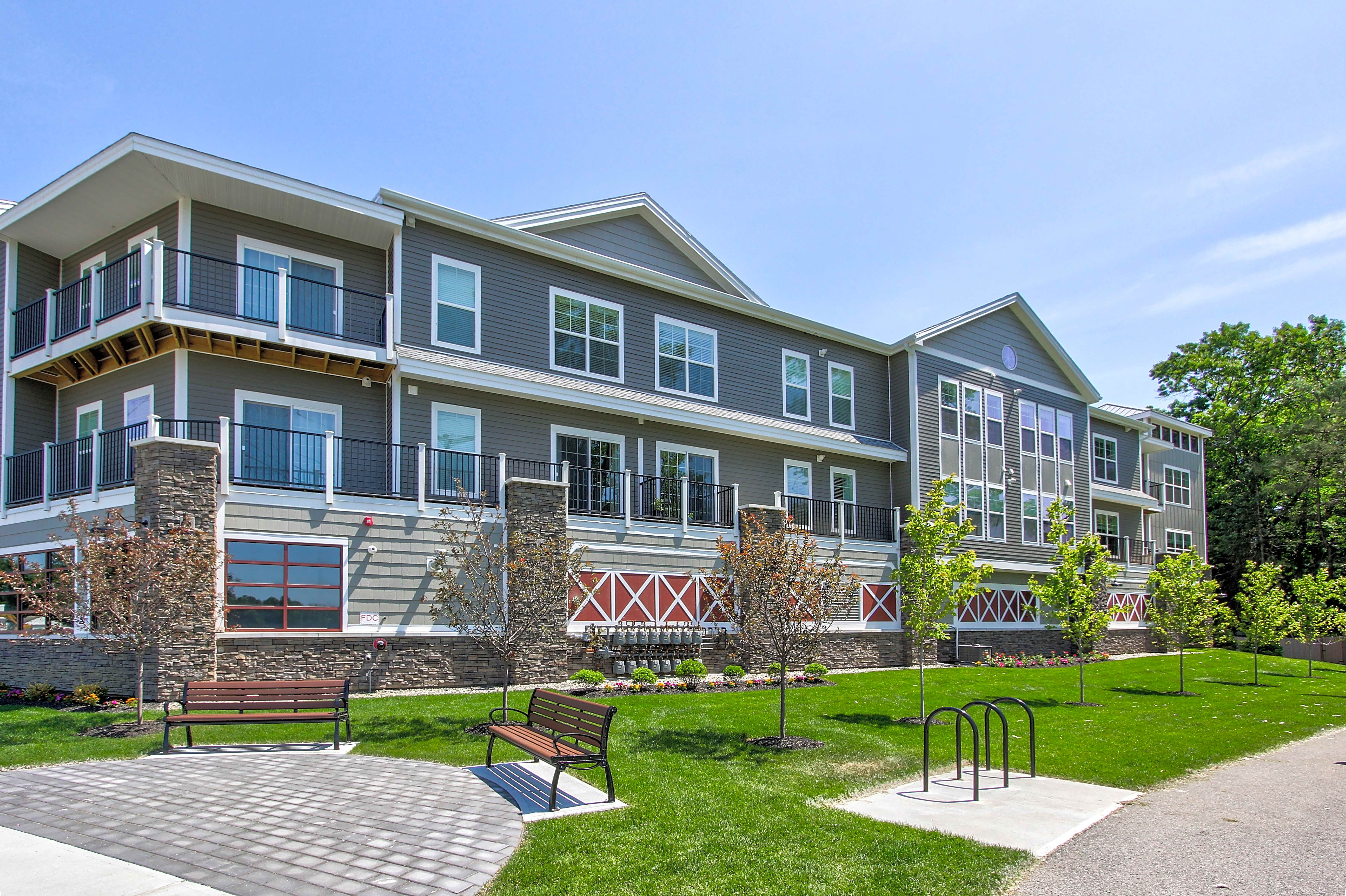 Apartments Near Skidmore 246 W Avenue Apartments for Skidmore College Students in Saratoga Springs, NY