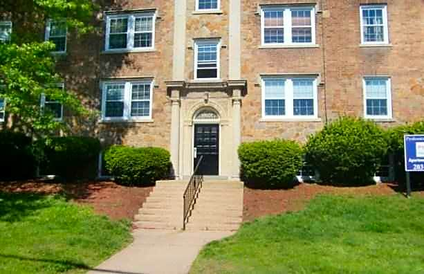 Photo: Hamden Apartment for Rent - $995.00 / month; 1 Bd & 1 Ba