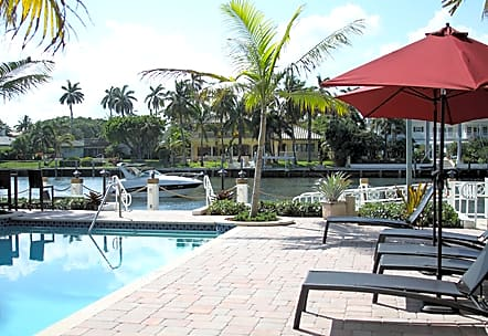NSU Housing Royal Colonial Apartments for Nova Southeastern University Students in Fort Lauderdale, FL