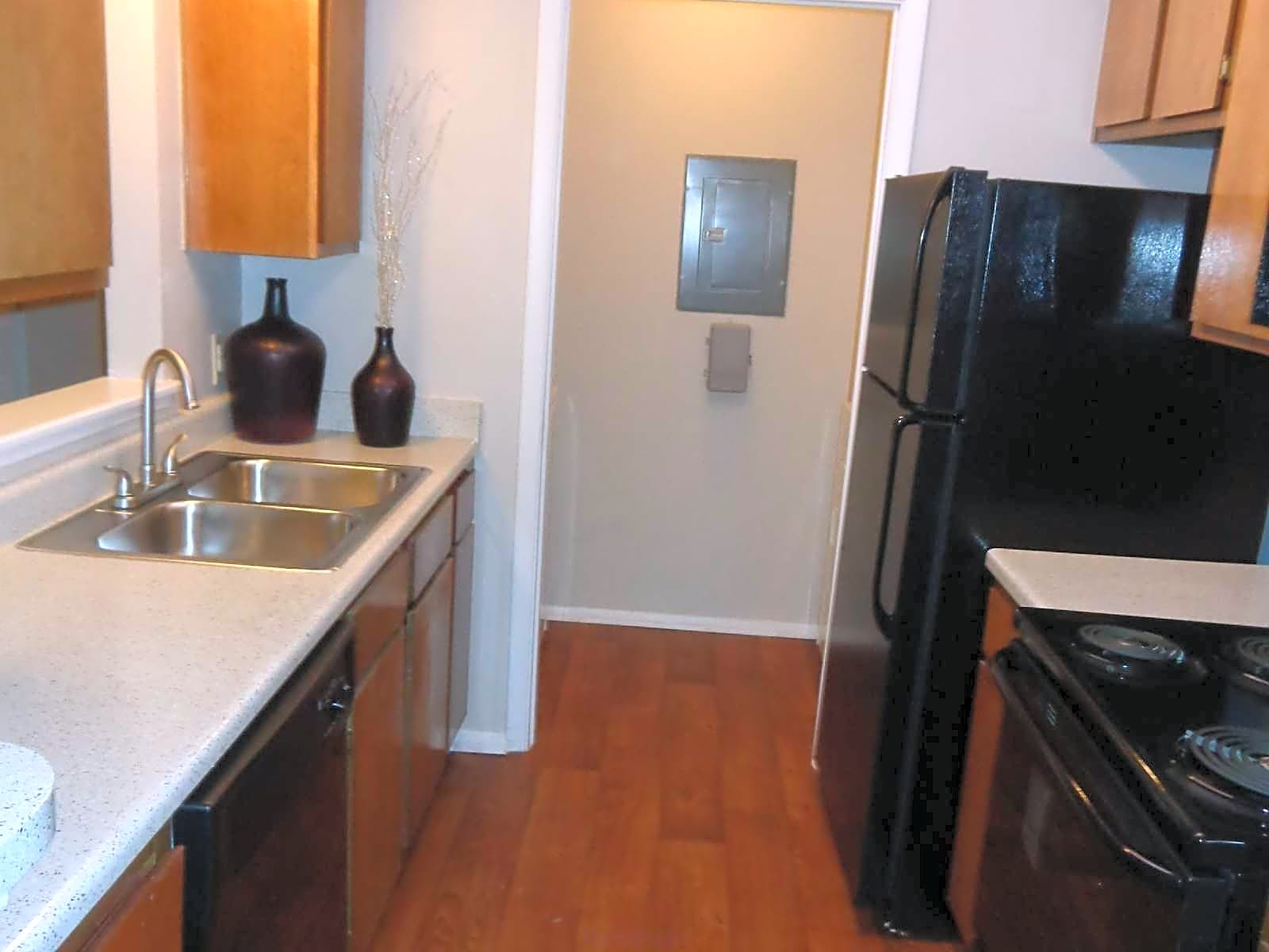 Photo: Duluth Apartment for Rent - $610.00 / month; 1 Bd & 1 Ba