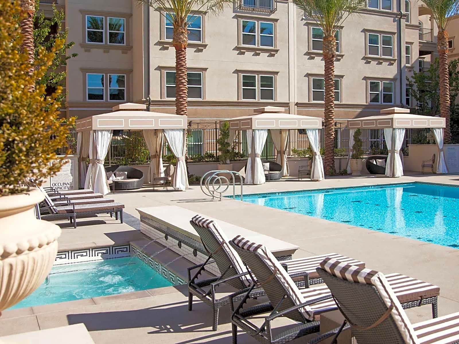 The Carlyle Apartments Irvine CA