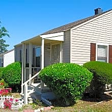 Photo: Wilmington Apartment for Rent - $725.00 / month; 3 Bd & 1 Ba