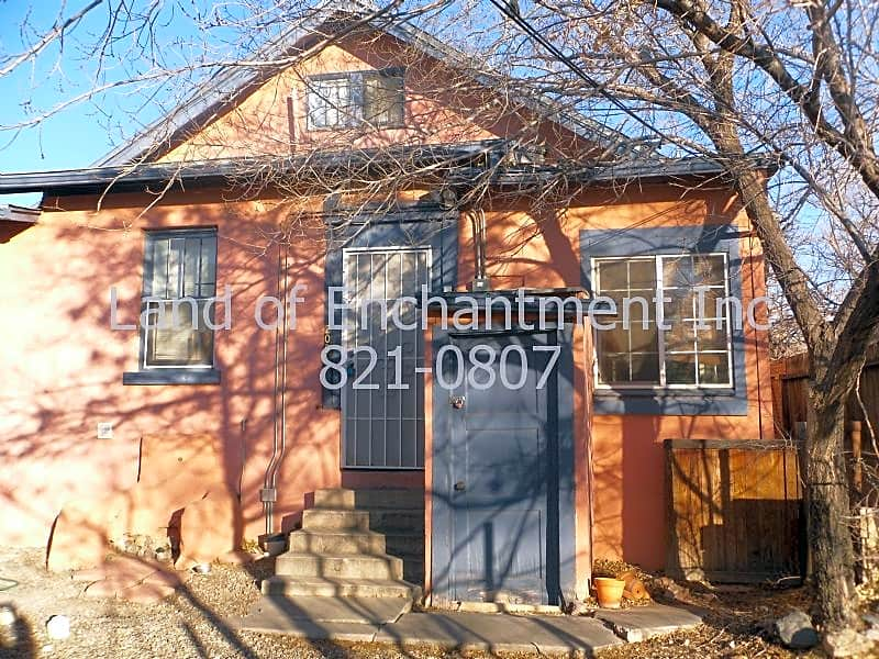 Pet Friendly for Rent in UNM
