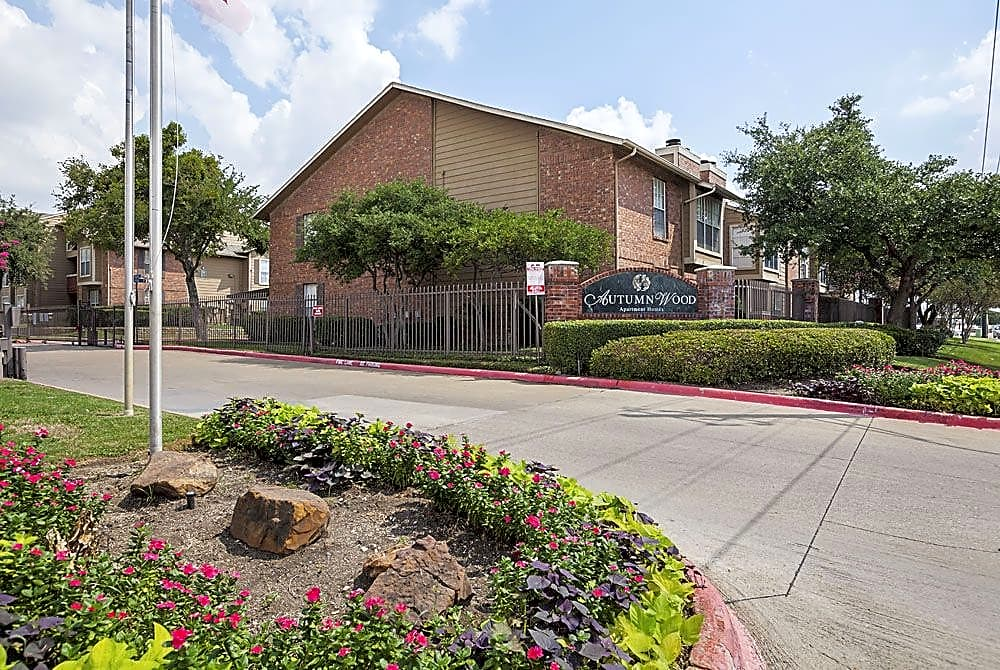 Autumnwood Apartments - Arlington, TX 76014