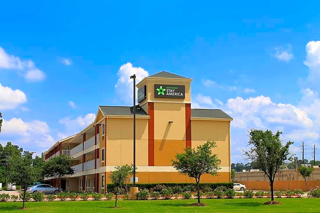 Apartments Near ITT Technical Institute-Houston North Furnished Studio - Houston - The Woodlands for ITT Technical Institute-Houston North Students in Houston, TX