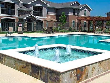 Apartments Near Eastfield College  Rosemont at Ash Creek for Eastfield College  Students in Mesquite, TX