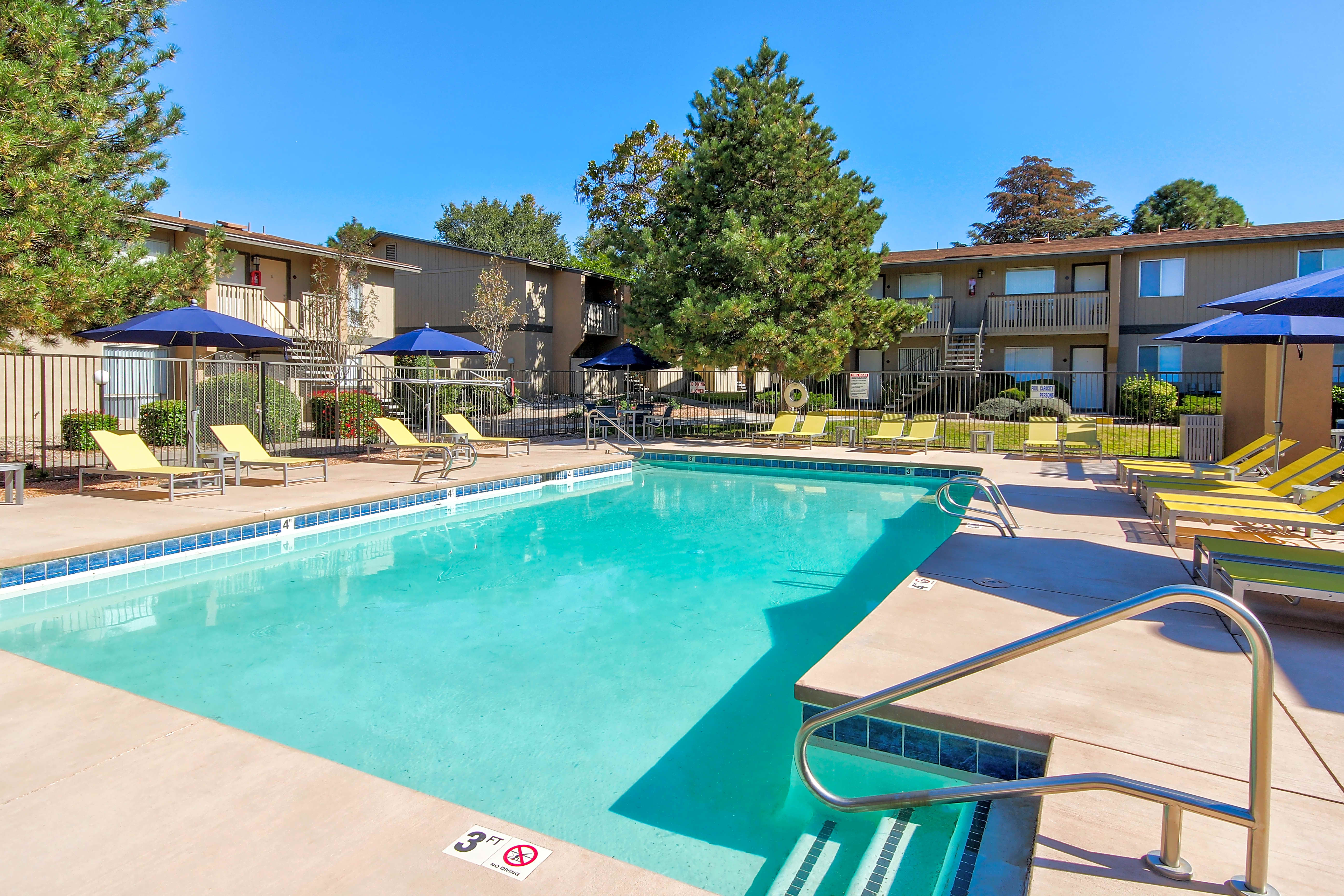 Apartments Near New Mexico Lincoln Place for University of New Mexico Students in Albuquerque, NM