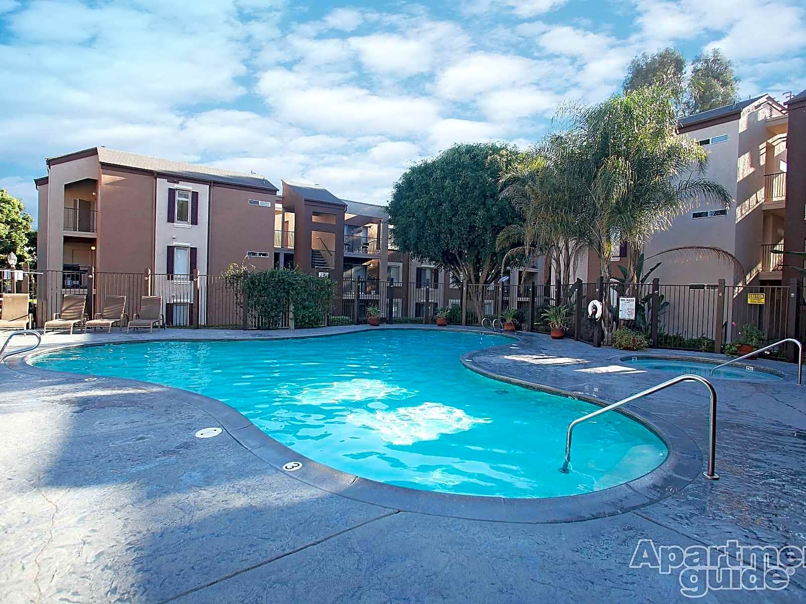 Paradise Valley Village Apartments
