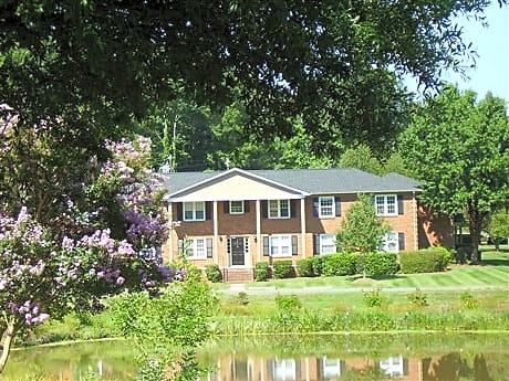 Photo: Charlotte Apartment for Rent - $580.00 / month; 1 Bd & 1 Ba