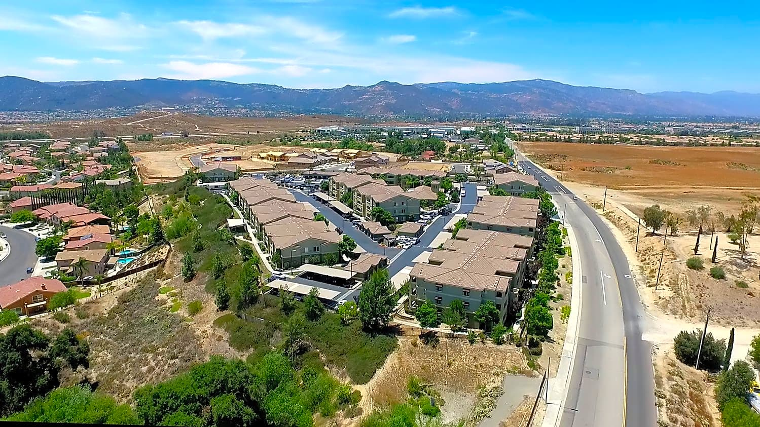 Gables Oak Creek Apartments Wildomar Ca 92595