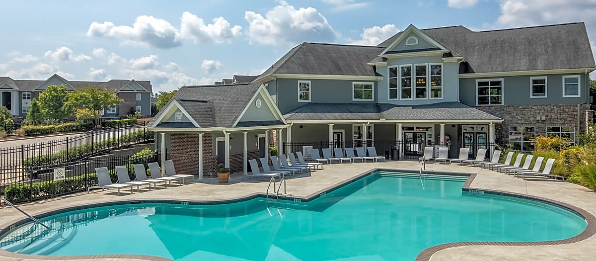 Apartments Near NC State Colonial Grand at Brier Creek for North Carolina State University Students in Raleigh, NC