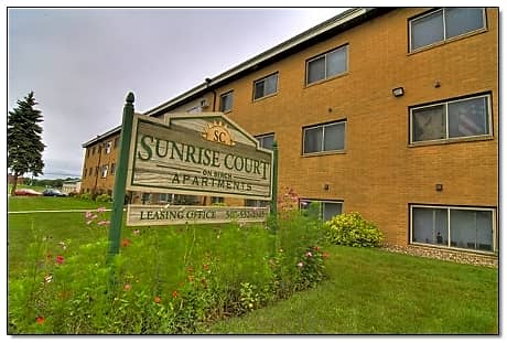 Sunrise Court for rent in Marshall