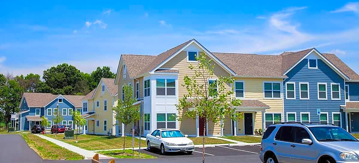 Parklands at cecilton apartments cecilton md 21913 for Apartment design guide sepp 65