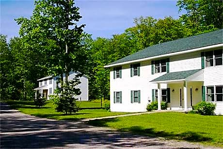 Photo: Alanson Apartment for Rent - $650.00 / month; 2 Bd & 1 Ba