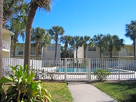 Photo: Tampa Apartment for Rent - $655.00 / month; 2 Bd & 1 Ba