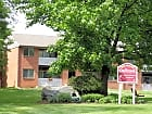 Delbrook Manor Apartments - Mechanicsburg