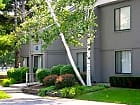 Woodlake Apartments - Albany
