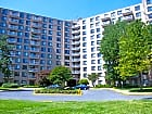 Plaza Towers Apartments - Hyattsville