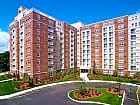 Cloverleaf Apartments - Natick