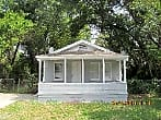 2 BEDROOM PLUS A DEN HOME IN TAMPA