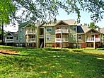 Village Lakes Apartments