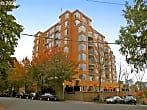 LEGENDS 1 Bd/1 Bth Condo in Goose Hollow/Portland