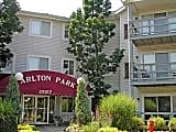 Carlton Park Apartments - North Olmsted - Exterior