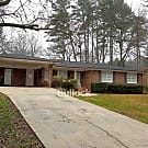 Sugar Hill: Spacious 3BR/3B Ranch Home - Sugar Hill, GA 30518