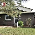 $1450 - Ranch style townhome with 2-car carport! - Lakewood, CO 80226