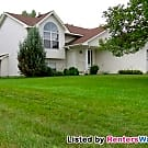 Clean 4 BR 2 Bath Home / Vaulted / large Jet... - Rosemount, MN 55068