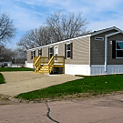 3 bedroom, 2 bath home available - Sioux City, IA 51105
