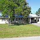 Sailboat access POOL home with fireplace!! - North Fort Myers, FL 33917