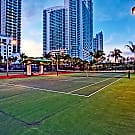 Bay Parc Plaza Apartments - Miami, FL 33132