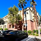 Fabulous 2Bdm + Den 2Ba Condo by the LV Strip! - Las Vegas, NV 89169
