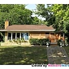 Updated 3BR Home Steps From Lake Nokomis!! - Minneapolis, MN 55417