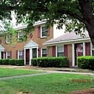 Sage Pointe Apartments/Sage Pointe Townhomes - Charlotte, NC 28213