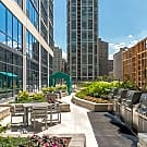 73 E Lake - Chicago, IL 60601