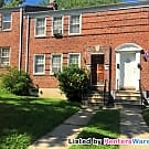 Belvedere Sq Top Floor 2BR in 2 family home - Baltimore, MD 21212