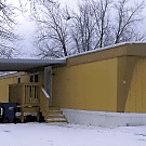 2 bedroom, 1 bath home available - Moline, IL 61265