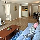 Gorgeous updated condo located in Museum District! - Houston, TX 77005