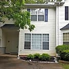 Spacious condo with quick access to I675! - Rex, GA 30273